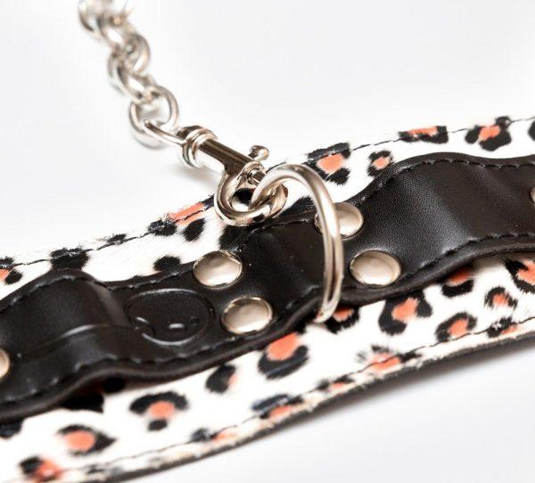 Наручники леопардовой расцветки с карабинами - фото, отзывы
