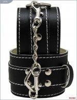 Чёрные кожаные наручники с фиксацией